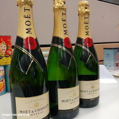 #19. Moët & CHANDON Brut Imperial Champagne